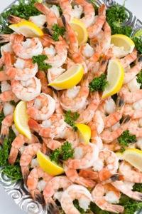 Shrimp_cocktail_platter.jpg