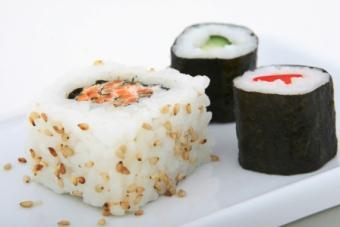 Sushi with rice exposed