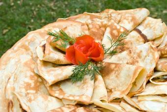https://cf.ltkcdn.net/gourmet/images/slide/108097-847x567-Crepes.jpg