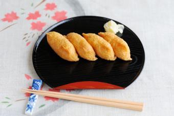 https://cf.ltkcdn.net/gourmet/images/slide/108110-850x565-Inarizushi.jpg