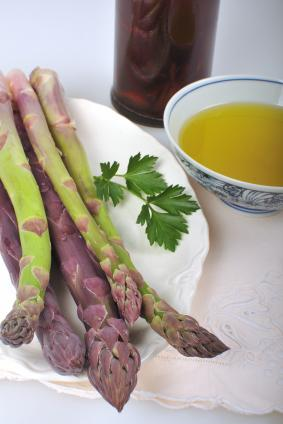Asparagus With White Truffle Oil Vinaigrette