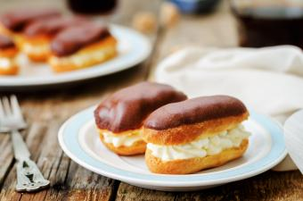 Eclairs with cheese cream