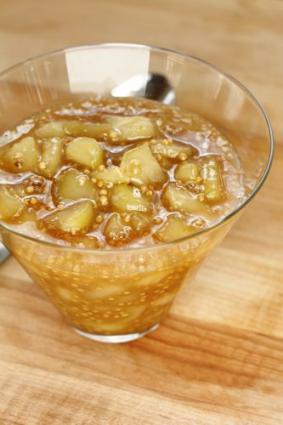 Pear mostarda