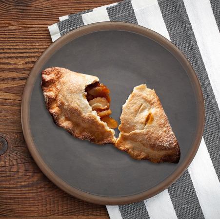 fried apple hand pie