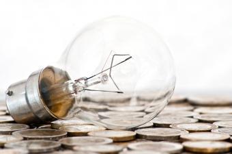 https://cf.ltkcdn.net/greenliving/images/slide/131141-850x563r1-save-money.jpg