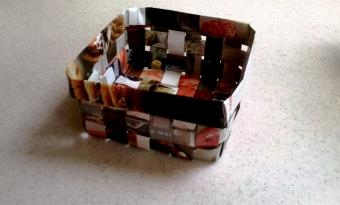 How to Make a Basket Out of Recycled Magazines