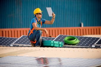 https://cf.ltkcdn.net/greenliving/images/slide/88403-849x565-Photovoltaic_farm.jpg
