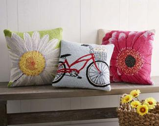 Seasonal Decorative Pillows