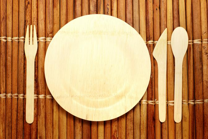 Bamboo biodegradable plate and tableware
