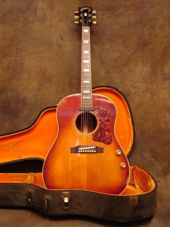 http://www.guitarphotographer.com/