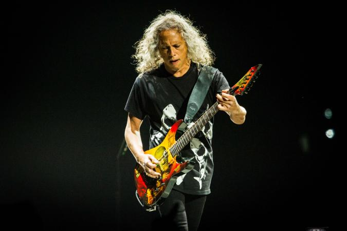 Kirk Hammett performing live in Italy