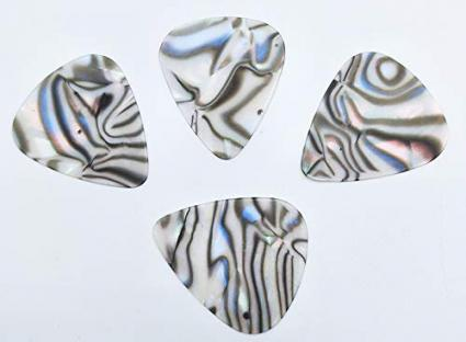Pearl Shell Guitar Pick by EASTRING