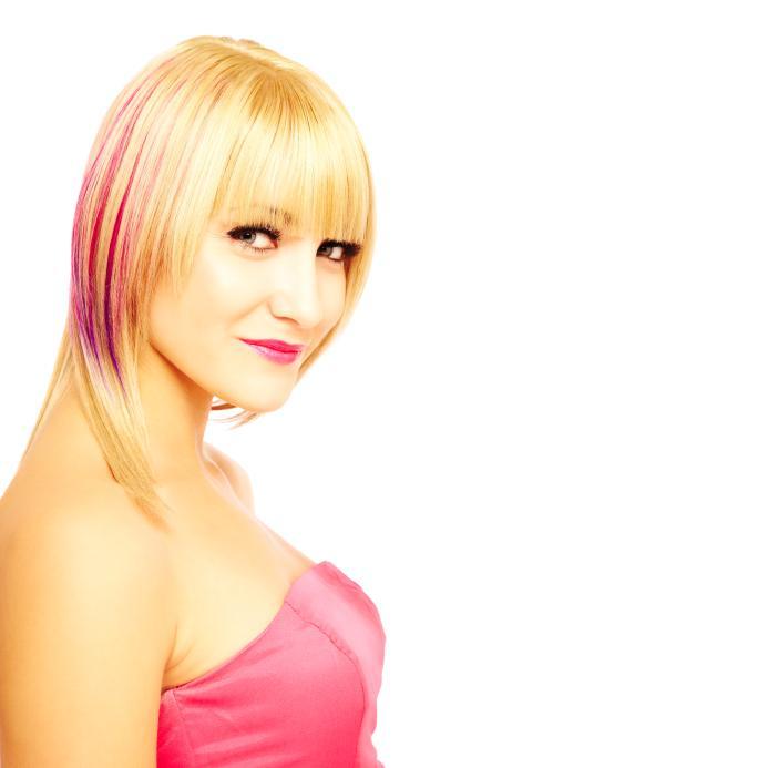 https://cf.ltkcdn.net/hair/images/slide/128539-693x693r2-pinkhairhighlight.jpg