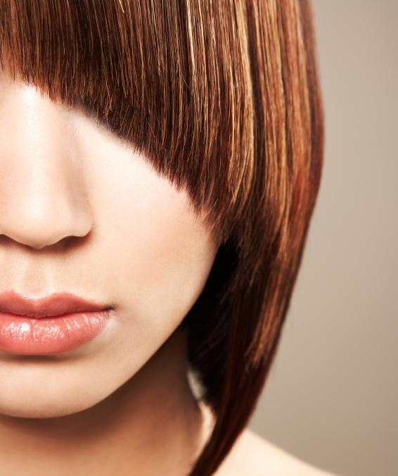 https://cf.ltkcdn.net/hair/images/slide/139634-566x676r1-asymeticalbangs1.jpg