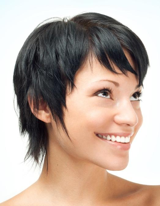 https://cf.ltkcdn.net/hair/images/slide/145874-523x672r1-super-short-layers.jpg