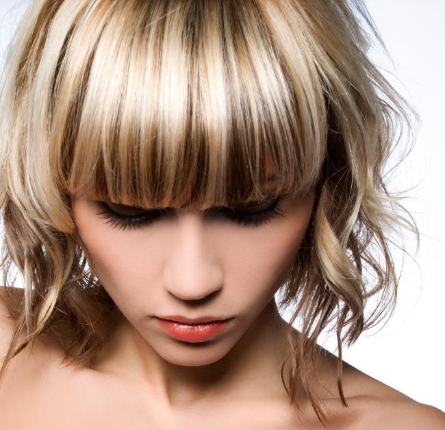 https://cf.ltkcdn.net/hair/images/slide/147057-650x629r1-high-and-lowlights.jpg