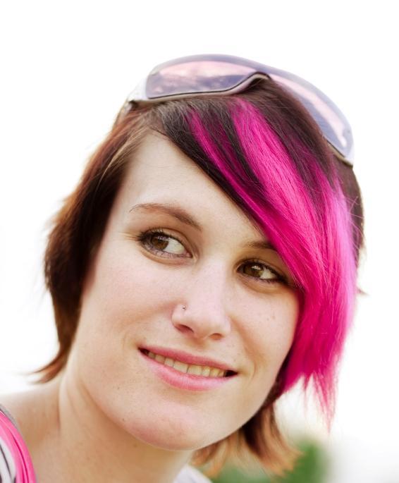 https://cf.ltkcdn.net/hair/images/slide/147060-566x685r1-punk.jpg