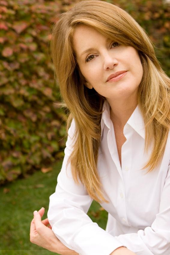 Pictures of Hair Styles for Middle Aged Women | LoveToKnow