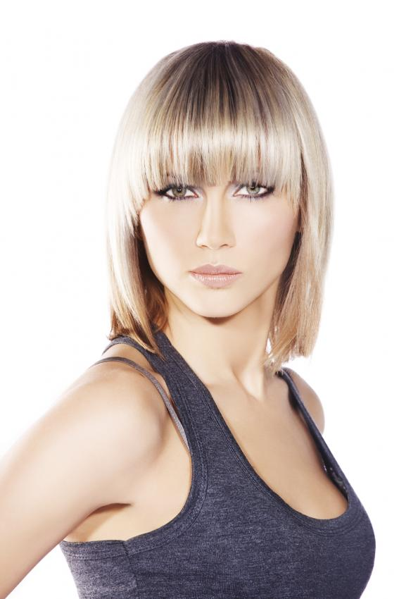Lob Hairstyle Pictures   LoveToKnow
