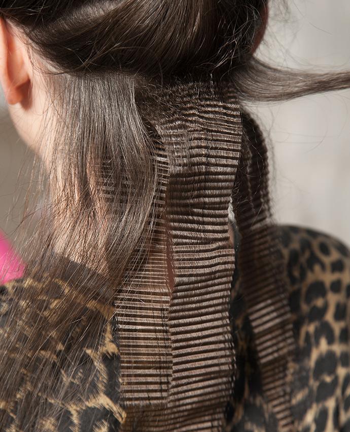 https://cf.ltkcdn.net/hair/images/slide/197766-690x850-crimps-for-updos.jpg