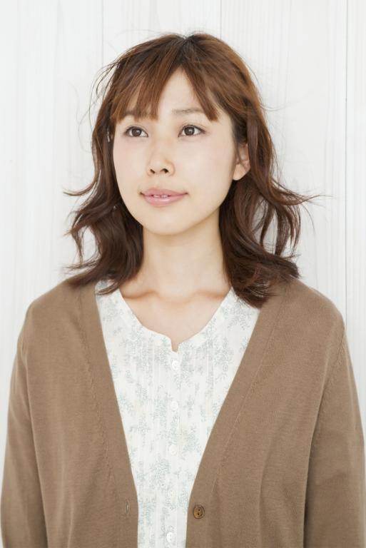 https://cf.ltkcdn.net/hair/images/slide/211933-513x768-Young-woman.jpg