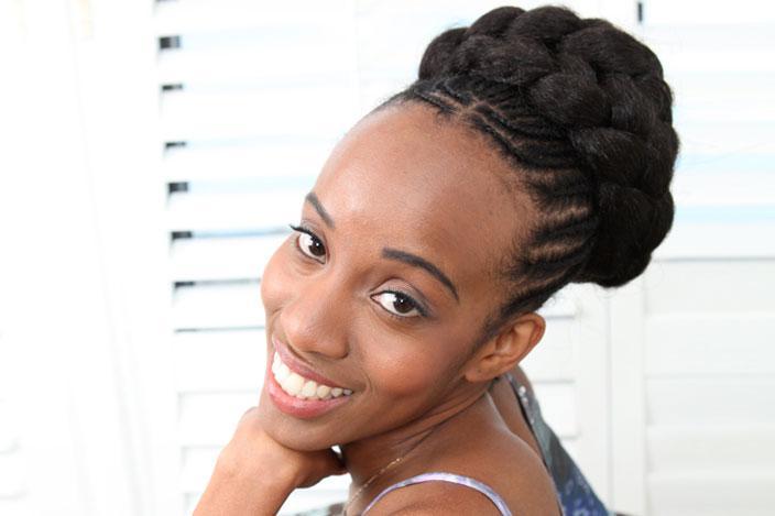 https://cf.ltkcdn.net/hair/images/slide/217178-704x469-Goddess-Braids-with-Cornrows.jpg