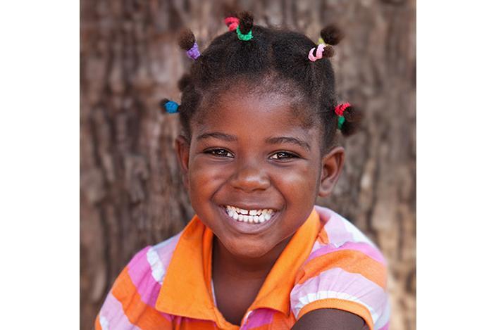 https://cf.ltkcdn.net/hair/images/slide/224860-704x469-Girl-with-small-ponytails.jpg
