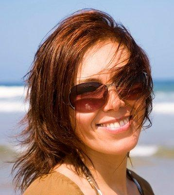 https://cf.ltkcdn.net/hair/images/slide/3636-358x400-medcutss15.jpg