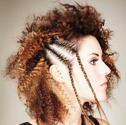 https://cf.ltkcdn.net/hair/images/slide/3950-403x400-curlylook10.jpg