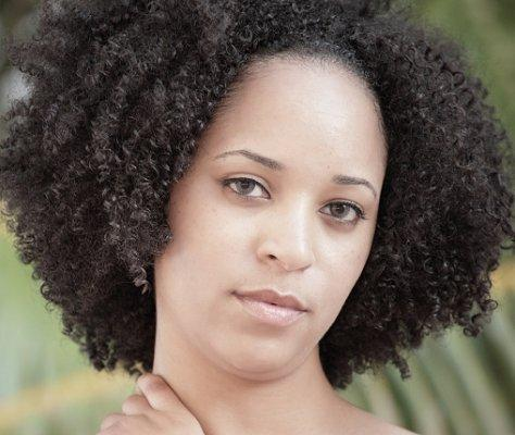 https://cf.ltkcdn.net/hair/images/slide/3953-474x400-curlylook13.jpg