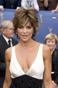 Lisa Rinna's Hair: Secrets to Her Style