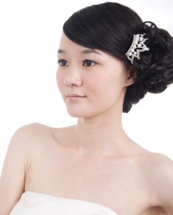 https://cf.ltkcdn.net/hair/images/slide/139116-600x747r1-wedding91.jpg