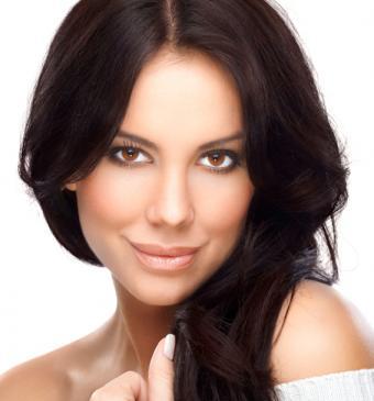 https://cf.ltkcdn.net/hair/images/slide/145438-567x608r2-dark-chocolate-brown-hair.jpg