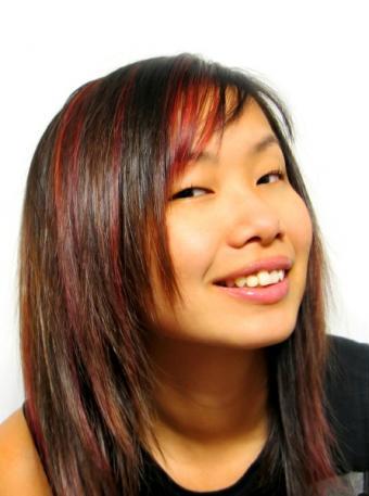 https://cf.ltkcdn.net/hair/images/slide/147062-446x600r1-redlights.jpg