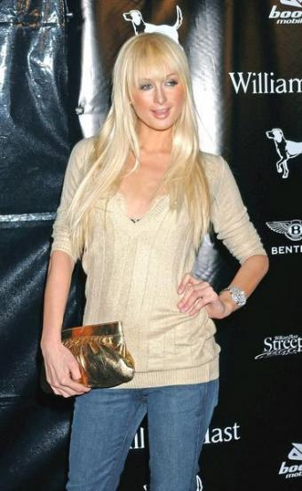 Paris Hilton's Hair Styles