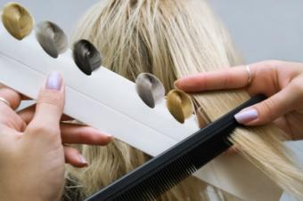 Choosing the Right Hair Color to Flatter Your Look