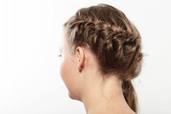 https://cf.ltkcdn.net/hair/images/slide/155632-849x565r1-iStock_000020511813Small.jpg