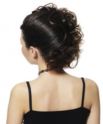 https://cf.ltkcdn.net/hair/images/slide/166035-705x850-updocurls.jpg