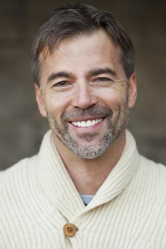 https://cf.ltkcdn.net/hair/images/slide/176129-566x850-Stubble-Beard.jpg