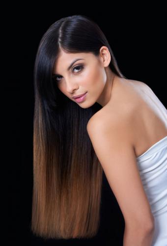 https://cf.ltkcdn.net/hair/images/slide/181786-545x800-straight-long-ombre.jpg