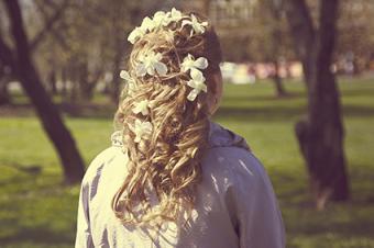 Flowers in curls