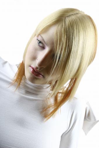 https://cf.ltkcdn.net/hair/images/slide/183945-567x850-blonde3.jpg