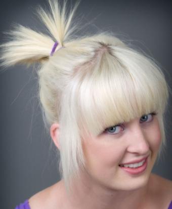 https://cf.ltkcdn.net/hair/images/slide/187821-699x850-spiky-ponytail-hairstyle.jpg