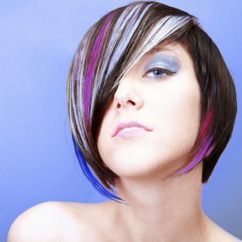 https://cf.ltkcdn.net/hair/images/slide/192516-565x565-bob-with-color.jpg