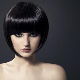https://cf.ltkcdn.net/hair/images/slide/192528-563x563-bob-sleek-sexy.jpg
