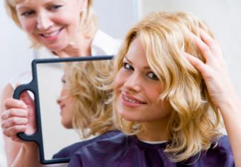 Medium-length, layered shag haircut