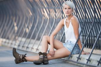https://cf.ltkcdn.net/hair/images/slide/207664-850x567-Urban-Fashion.jpg