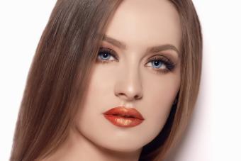 https://cf.ltkcdn.net/hair/images/slide/207751-850x567-iStock-607481848-Seductive-look-of-beautiful-woman.jpg