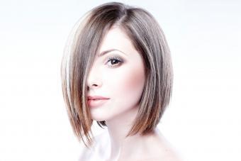 https://cf.ltkcdn.net/hair/images/slide/209524-850x567-Short-blond-bob.jpg