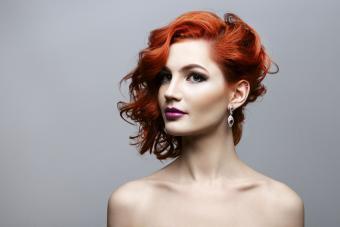 https://cf.ltkcdn.net/hair/images/slide/209527-850x567-Beautiful-short-hairstyle.jpg